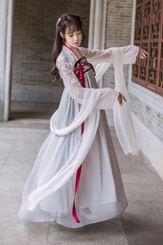 New Women Vintage Floral Chinese Traditional Cosplay Hanfu Dress Costume Ancient - Ideas of Hanfu Chinese Clothing Traditional, Traditional Dresses, Kinds Of Clothes, Hanfu, Costume Dress, Chinese Style, Gray Dress, Asian Beauty, Style Inspiration