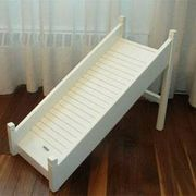 How to Make an Outdoor Pet Ramp -- Pets often need help getting up and down on the couch or bed. As a pet owner, to help keep them form getting hurt, building a ramp is an easy solution to avoid surgery or high vet bills. Dog Ramp For Bed, Pet Ramp, Dog Stairs, Pet Steps, Dog Furniture, Dog Rooms, Mini Dachshund, Outdoor Dog, Diy Bed