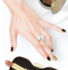 Perfect nail art for New Years Eve.