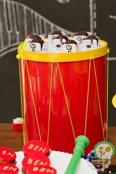 A Fê faz...: Tema: Música!! Instrumentos Musicais!!