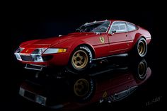 Ferrari 365 GTB 4 Competizione
