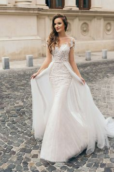 (notitle) 24 top wedding dresses for the bride Wedding Dress Guide - # bride # bridal dresses # the This mermaid-style wedding dress flatters the fi. Top Wedding Dresses, Gorgeous Wedding Dress, Bridal Dresses, Beautiful Dresses, Wedding Gowns, Bridesmaid Dresses, Lace Wedding, Wedding Cakes, Wedding Day