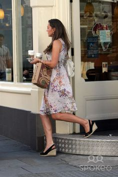 Kate Middleton out in London and stopping at Starbucks, August 9, 2007.