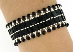 tila bead patterns and instructions Jewelry Making Beads, Diy Jewelry, Beaded Jewelry, Jewelery, Jewelry Bracelets, Jewelry Design, Designer Jewelry, Beaded Braclets, Beaded Bracelets Tutorial