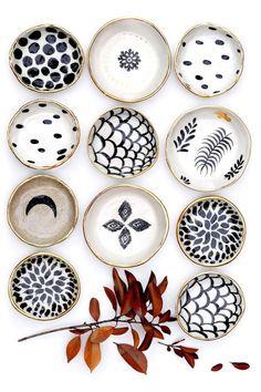 Beautiful Handmade Ceramics by LiquoriceMoonStudios on Etsy Ceramic Clay, Ceramic Plates, Ceramic Pottery, Pottery Painting, Ceramic Painting, Diy Clay, Clay Crafts, Keramik Design, Handmade Home Decor