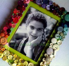 Porta retrato de botões Arco Íris R$45.00