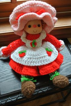I am looking for this crochet pattern. Crochet Doll Pattern, Crochet Dolls, Crochet Patterns, Crochet Strawberry, Strawberry Shortcake Doll, Crochet Teddy, Barbie Patterns, Soft Dolls, Yarn Colors