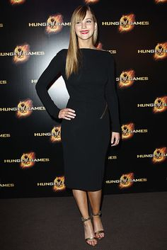 Jennifer Lawrence at the Hunger Games Premiere in Paris wearing Tom Ford! Love it!