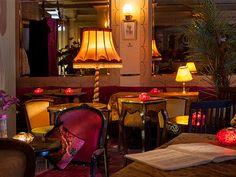 Cafe Josephine - Gamla stan i Tallinn. Ligger på Vene street  http://www.guideitallinn.se