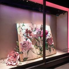 "HARRODS,London,UK,presents: ""VIKTOR&ROLF""- Flowerbomb"", pinned by Ton van der Veer"