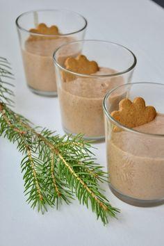 Vegan GingerBread Smoothie