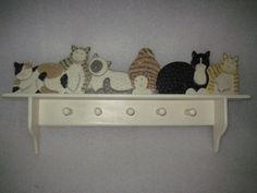 Rare-HTF-32-Wooden-6-Cat-Cats-Hand-Painted-Wall-Shelf-Hooks-Coat-Rack-Folk-Art