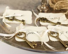 So cute key-wedding-place-cards