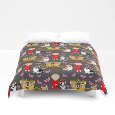 God Save The Queen ... And The Corgis Duvet Cover Corgi Gifts, Save The Queen, Corgi Dog, Foot Of Bed, Soft Duvet Covers, Corgis, Duvet Insert, King Size, Comforters