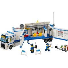 LEGO City Police - Mobile Police Unit and thousands more of the very best toys at Fat Brain Toys. Build a mobile police unit complete with computers and a jail cell! Race to the robbery, set up the equipment, stop the crime, a. Building Blocks Toys, Lego Building, Model Building, Toys R Us, Kids Toys, Lego City Police, Police Truck, Lego Toys, Lego Duplo