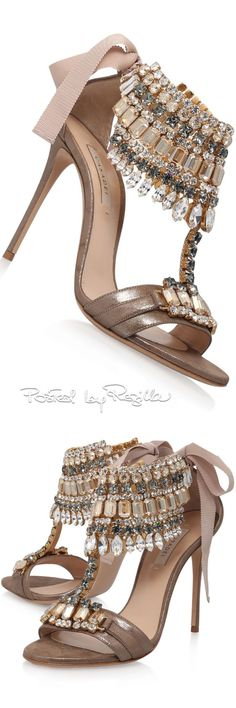 A wide selection of handbags and shoes Dream Shoes, Crazy Shoes, Me Too Shoes, Pretty Shoes, Beautiful Shoes, Hot Shoes, Shoes Heels, Stiletto Heels, High Heels