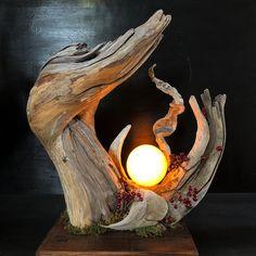 Driftwood and moonlight Leave your hand at the end of last year to .- Drivved och månlampa Lämna handen i slutet av förra året till Kyushu. # Driftwood Art … Driftwood and moonlight Leave your hand at Kyushu at the end of last year. Driftwood Furniture, Driftwood Lamp, Driftwood Projects, Driftwood Sculpture, Diy Furniture, Driftwood Ideas, Wooden Lamp, Wood Art, Wood Wood