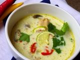 Thajská kuřecí polévka | Toprecepty Asian Recipes, Ethnic Recipes, Cheeseburger Chowder, Hummus, Ham, Soup, Asia, Hams, Soups