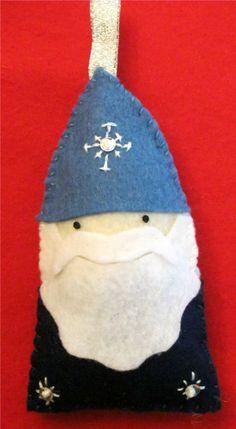 felt snowflake gnome