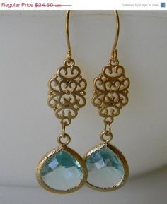 Etsy の SALE Aquamarine Oriental Gold EarringsDrop by Greenperidot