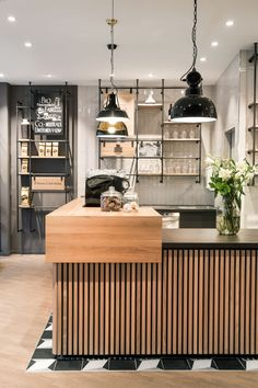 The Primo Cafe Bar stands for high-quality coffee, an Italian lifestyle and a sustainable mind-set. DIA – Dittel Architekten creates an authentic design.