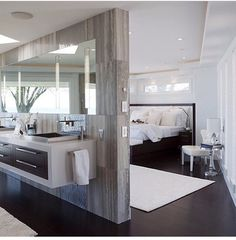 Baño y cuarto