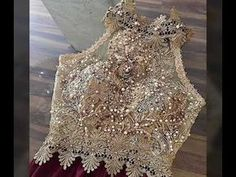 Blouses for women – Lady Dress Designs Sari Design, Blouse Desings, Fashion Details, Fashion Design, Prom Dresses, Wedding Dresses, Saree Blouse Designs, Indian Outfits, Dress To Impress