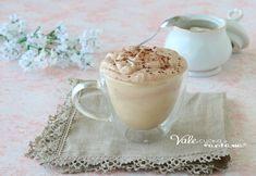 CREMA AL CAFFE E MASCARPONE dolce al cucchiaio veloce Profiteroles, Dolce, Glass Of Milk, Mousse, Panna Cotta, Pudding, Ethnic Recipes, Desserts, Food