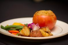 Stuffed Tomato with Quartered Redskin Potatoes and Key Largo Blend Vegetables