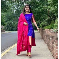 Designer Anarkali Dresses, Designer Party Wear Dresses, Kurti Designs Party Wear, Indian Designer Outfits, Designer Bridal Lehenga, Long Dress Design, Dress Neck Designs, Designs For Dresses, Salwar Suit Neck Designs