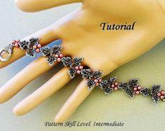 Beautiful Bloom beaded earrings beading tutorials by PeyoteBeadArt