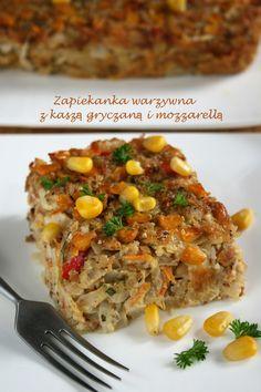 Takie dania lubi chyba każda oszczędna gospodyni domowa - nic się nie marnuje, łatwo się robi, i co najważniejsze - smakuje! Zapiekanka pełn... Veg Recipes, Pasta Recipes, Cooking Recipes, Healthy Recipes, Clean Eating, Healthy Eating, Polish Recipes, Lasagna, Good Food