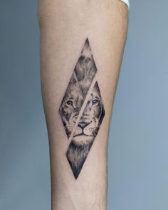 Geometry Lion Tattoo by Madalina Tattoo Artist done at CACTUS INK Bucharest. Sternum Tattoo, Tattoo Henna, Lion Tattoo, Cactus Tattoo, Der Arm, Beste Tattoo, Matching Tattoos, Bucharest, Drawing