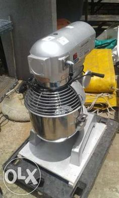 Dough mixer chrome Cater very good condition Pretoria - image 1 Take The Cake, Pretoria, Espresso Machine, Mixer, Catering, Coffee Maker, Bakery, Conditioner, Chrome
