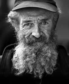Beard, old man, face, powerful, wrinckles, aged, lines of Life, intense, portrait, photo b/w