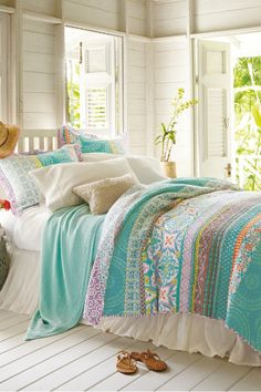 Positano Quilt - Reversible Summer Quilt, Light Quilt For Summer | Soft Surroundings