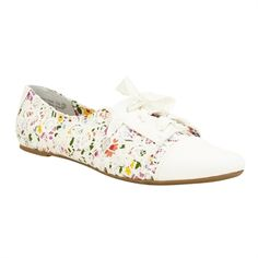Not Rated Get Shorty Floral Lace Flats #VonMaur #NotRated #White #FloralPrint #Oxford