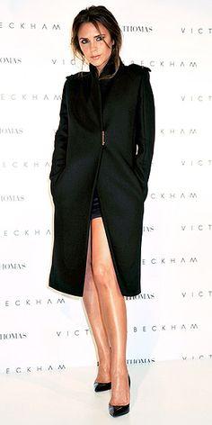 VICTORIA BECKHAM photo   Victoria Beckham    Love the coat