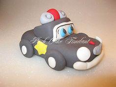 Sheriff Autos Topper von Kuchen und Cupcake von PoshCakeFondant