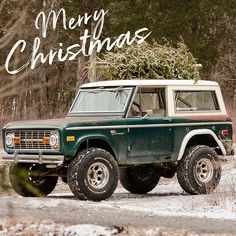 Only way to carry a Christmas tree. Merry Christmas! . . . . . #earlybronco #fordbronco #classicbronco #vintagebronco #classiccar #classiccars #vintagecar #vintagecars #fordsofinstagram #instacar #restoration #americancar #outdoors #optoutside #adventures #tennessee #nashville #backroads #crawlandhaul #offroad #explore #broncosofinstagram #fordtruck #earlybroncodrivers Classic Bronco, Classic Ford Broncos, Classic Cars, Old Bronco, Early Bronco, Toyota Trucks, Ford Trucks, Christmas Minis, Merry Christmas