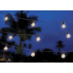 When the sun goes down, the party doesn't have to end on your patio. The Solar Café String Lights casts a soft glow to bring soothing light to your outdoor entertaining area. Connect up to 3 strings for beautiful warm light. Solar String Lights, String Lights Outdoor, Outdoor Lighting, Pergola Lighting, Lighting Ideas, Light String, Hanging Lights, Café Exterior, Solar Licht