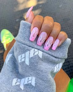 50 Pretty Nail Art Designs to Try Fall 2019 – White Acrylic Nails – Water- 50 hübsche Nail Art Designs. Pretty Nail Colors, Pretty Nail Designs, Pretty Nail Art, Pink Nail Designs, White Acrylic Nails, Best Acrylic Nails, Acrylic Art, Summer Acrylic Nails Designs, Pink Acrylics