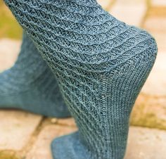 Ravelry: Topsy-Turvey Socks pattern by Ann Budd Knitting Accessories, Other Accessories, Knitting Socks, Knitted Hats, Leg Warmers, Knits, Ravelry, Knitting Patterns, Two By Two