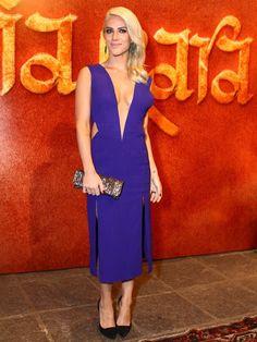 Giovanna Ewbank >> Vestido Tufi Duek, joias Carla Amorim, clutch Bo.Bô e…