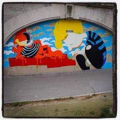 Matt Gondek is in Paris !... Work in progress... Avec la galerie Avenue des Arts  Photo : Lionel Belluteau Plus de photos sur https://ift.tt/YMhG58  @gondekdraws @avenuedesarts_hk @frankz1lla #mattgondek #mattgondekart matt_gondek #paris #garfield #peanuts #snoopy #workinprogress #unoeilquitraine #lionelbelluteau @unoeilquitraine