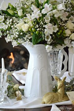 A Christmas Tablescape of Classic, Casual Elegance and A Giveaway