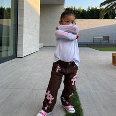 Cute Little Girls Outfits, Kids Outfits Girls, Toddler Outfits, Baby Girl Fashion, Kids Fashion, Fashion Outfits, Travis Scott Kylie Jenner, Jenner Kids, Cute Kids