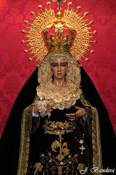Las Fotografías de Bandera: La Virgen de la Esperanza Macarena de Madrid