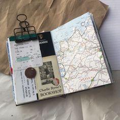 Art Journal Pages, Travel Journal Pages, Travel Journal Scrapbook, Bullet Journal Travel, Memory Journal, Bullet Journal Writing, Journal Themes, Bullet Journal Ideas Pages, Bullet Journal Inspiration