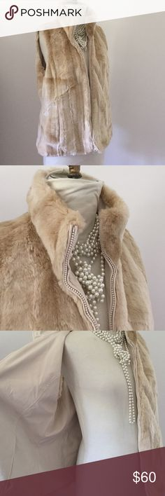 Kristen Blake Faux Fur Vest Beautiful light beige/cream faux fur vest. Reversible (double the style). In very good condition. Has four pockets. Zip closure. Kristen Blake Jackets & Coats Vests